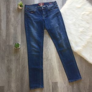 Lucky Brand Charlie Skinny Jeans size 10 long